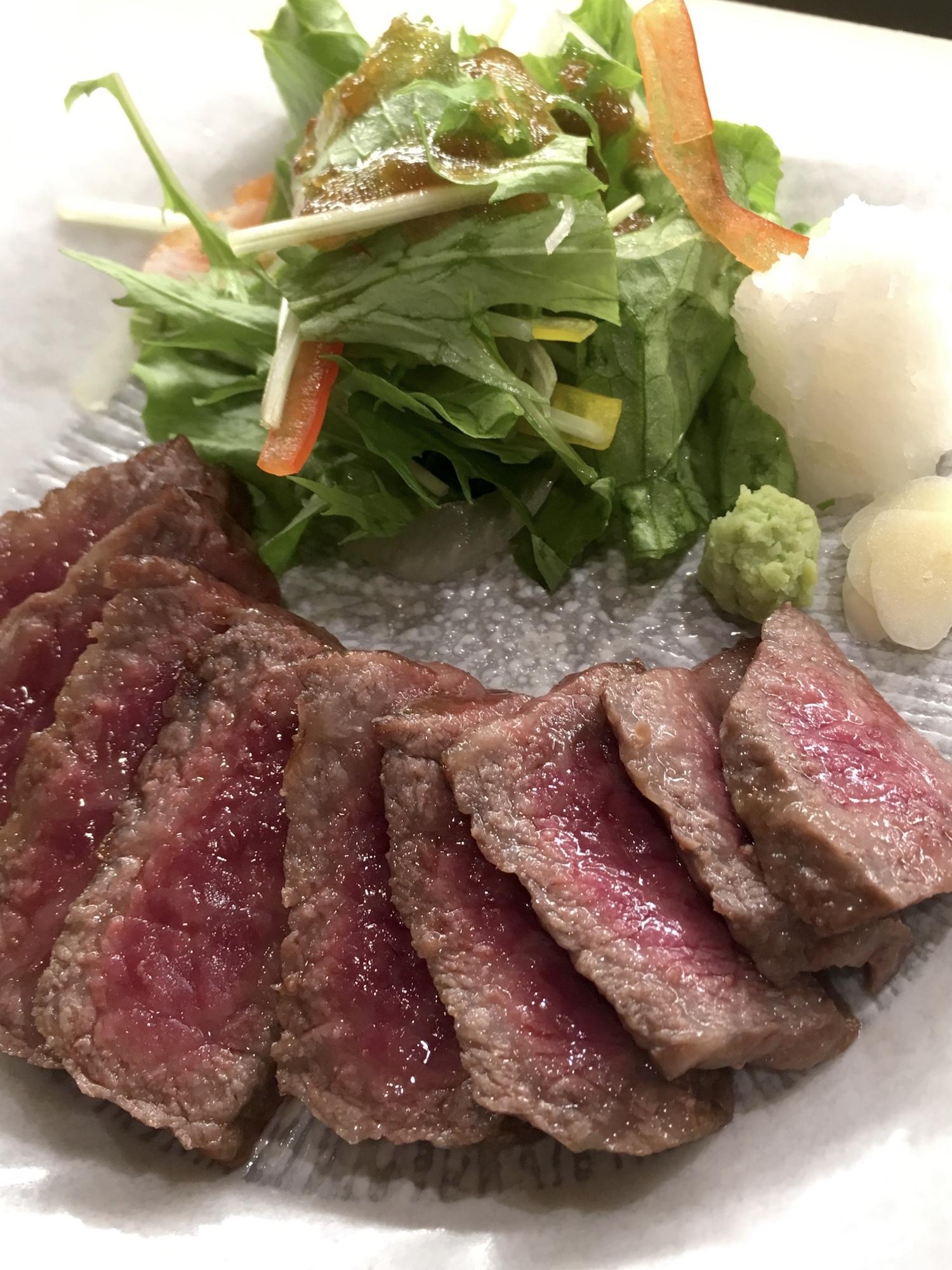 松阪牛の塩焼き