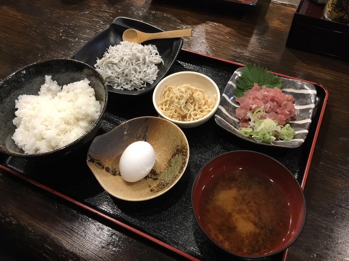 海鮮しらす丼定食