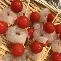 海老とトマトのチーズフォンデュ串
